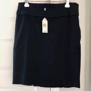 NWT max Studio black skirt size 8